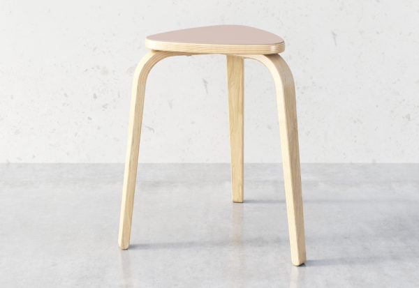 Linosa zelfklevend linoleum voor de houten kruk Ikea Kyrre